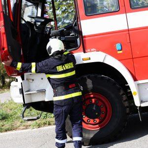Покрив и домашно имущество изгоряха след пожар в Сейдол