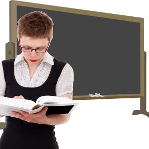 Учителите ще получат заплатите си за времето на дистанционно обучение