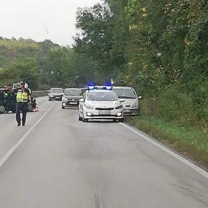 50-годишен мъж от Разград е със счупен крак след катастрофа между два автомобила край Цар Калоян
