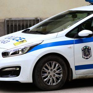 Задигнаха пари и мобилен телефон от незаключен автомобил в Разград