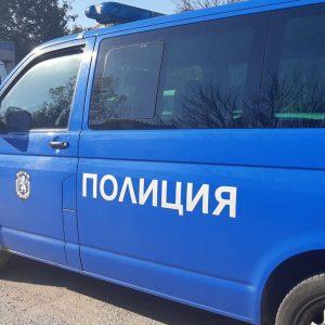 Задържаха двама в Разград за склоняване на жени към проституция
