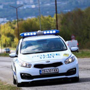 Пиян и дрогиран 32-годишен самокатастрофира в село Ловско, с неговия спътник избягали от местопроизшествието