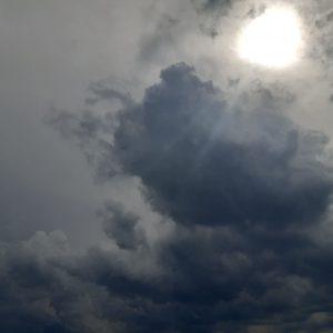 Слънчево ще е днес до обяд, а следобед – пак облаци